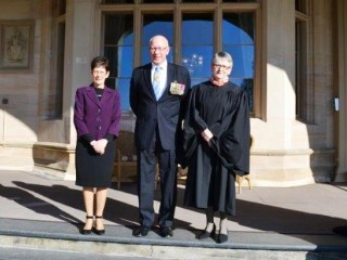 20150626 HE sworn in as Administrator of the Government of the Commonwealth of Australia 03